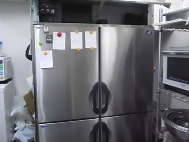 冷蔵冷凍庫