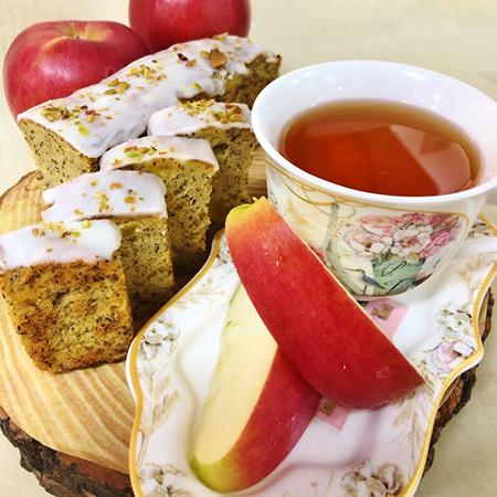 紅茶とふじりんごのケーク