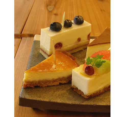 4個のチーズケーキ