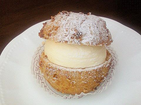 アンジェのシュークリーム
